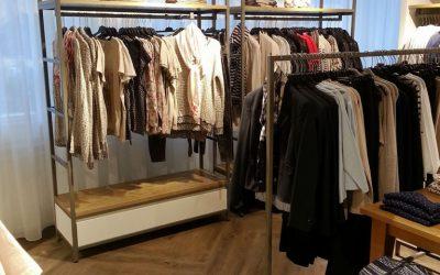 Verkaufsregal_Textil
