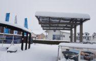 Carports mit Schnee_Ausstellung Fahrwangen
